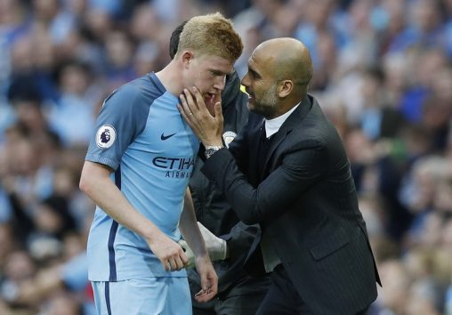 """Britain Football Soccer - Manchester City v Sunderland - Premier League - Etihad Stadium - 13/8/16 Manchester City manager Pep Guardiola speaks to Manchester City's Kevin De Bruyne Reuters / Darren Staples Livepic EDITORIAL USE ONLY. No use with unauthorized audio, video, data, fixture lists, club/league logos or """"live"""" services. Online in-match use limited to 45 images, no video emulation. No use in betting, games or single club/league/player publications.  Please contact your account representative for further details."""