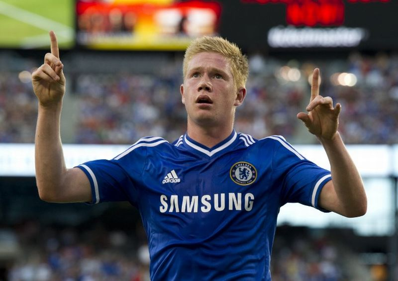 Chelsea's Kevin De Bruyne celebrates his goal against AC Milan during a 2013 International Champions Cup match on August 4 , 2013 at the MetLife stadium in East Rutherford, New Jersey. Chelsea won 2-0.  AFP PHOTO/Don Emmert / AFP PHOTO / DON EMMERT